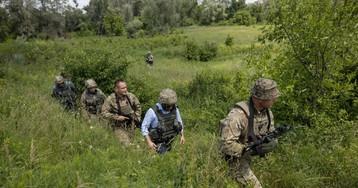 New Ukrainian President Zelenskiy visits eastern war zone