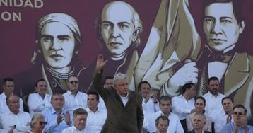 """López Obrador: """"Se impuso la política sobre la confrontación"""""""