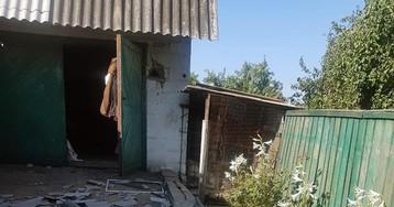 В результате обстрела Марьинки пострадала целая семья: в больницу госпитализированы четверо человек. ФОТО
