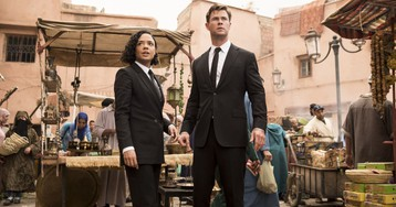 'Men in Black: International' Features Aliens Dressed in Martin Margiela- and Dries Van Noten-Inspired Costumes