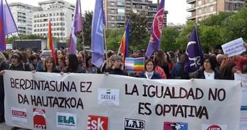 Diez profesionales de la educación declaran ante los tribunales en Pamplona por las clases de igualdad