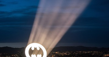 alex israel's exhibition at MAMO projects the bat-signal over marseille's sky