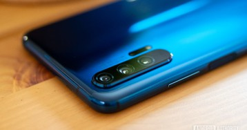 Huawei confirms big sales drop due to ban (Update: US firms want ban reduced)