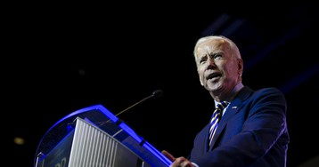Trump Says 'Sleepy' Biden an Easier Foe Than 'Ruthless' Clinton