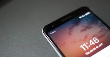FCC Says It's Cool if Verizon Starts Locking Handsets Again (Updated: Verizon Statement)