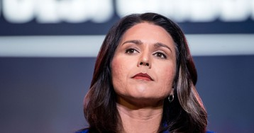 Tulsi Gabbard Says a Teen Hacked a Replica of Florida's Election System. She's Wrong