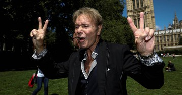 Cliff Richard exige el anonimato para los acusados de delitos sexuales