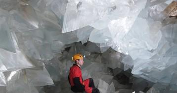 Dentro de la geoda gigante de Pulpí