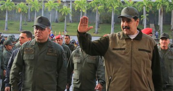 Maduro displays military power in Independence Day celebration
