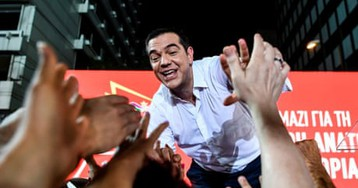 Tsipras rallies faithful but Greece is set to reject his radical dream