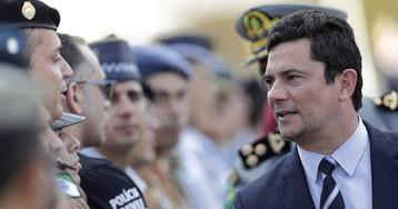Moro deja cinco días el cargo de ministro en Brasil mientras crecen las sospechas