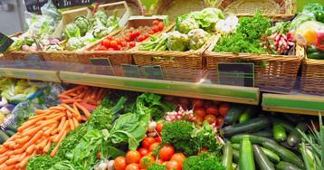 Сезонные продукты июля: делаем покупки с пользой для здоровья и кошелька