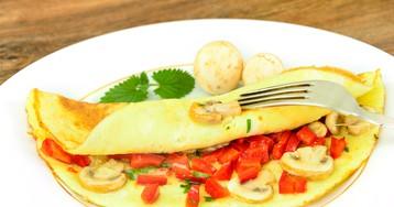 Омлет с шампиньонами и овощами