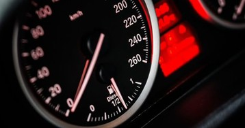 Speed Up Your Internet by Limiting Bandwidth-Hungry Apps