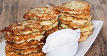 Аппетитные оладьи из кабачка и творога