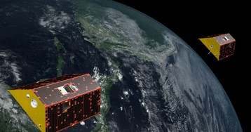 Satellites play chase to measure gravity, achieve picometer accuracy