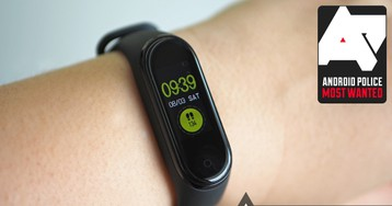 Xiaomi Mi Band 4 review: Cheap and decent activity tracking, but not for swimmers