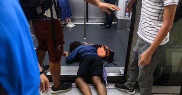 Hong Kong Leader Warns of 'Ruin' as Strike Snarls City, Airport