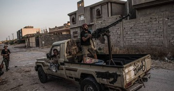Un ataque aéreo de Hafter deja 20 muertos y una treintena de heridos en Libia