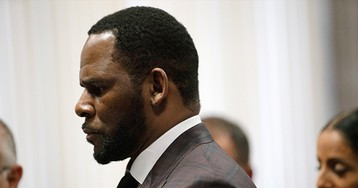 R. Kelly Facing New Sex Crimes Charges in Minnesota Over 2001 Allegation