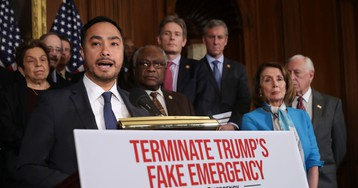 Joaquin Castro exposed his own donors in attempt to shame those who gave to Trump