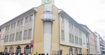 La policía noruega califica de intento de ataque terrorista un tiroteo en una mezquita de Oslo