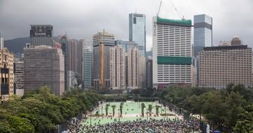 Hong Kong Cancels All Remaining Monday Flights as Protests Swarm Airport