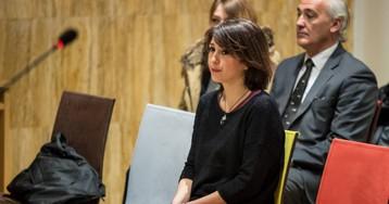 Juana Rivas entrega a sus hijos al padre en Italia tras agotar las vías para impedirlo
