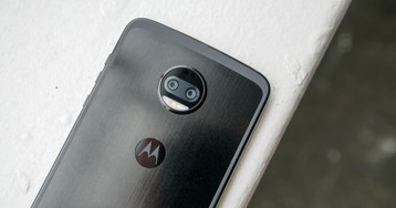 Motorola Says Moto Z2 Force is Really Ready for 5G Moto Mod Support This Week
