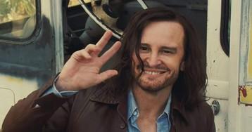 Charles Manson é vivido pelo mesmo ator em filme de Tarantino e Mindhunter