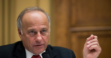 Steve King Thinks Everyone Owes Him An Apology For His Rape, Incest Remarks