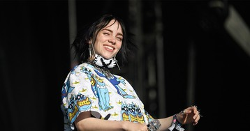 "Billie Eilish's First No.1 Single Finally Dethrones Lil Nas X's ""Old Town Road"""