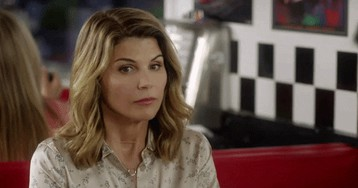 Lori Loughlin Would Take Jail Time At This Point Because She's Been 'InHer Own Prison' Amid Bribery Scandal!