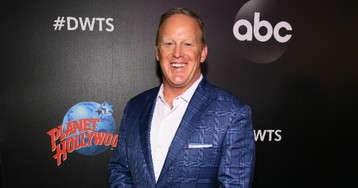 """Sean Spicer joins """"Dancing with the Stars"""" cast"""