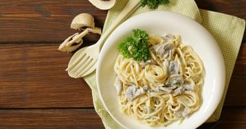 Вкуснейшие спагетти с грибами в сливочном соусе