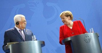 Merkel defiende ante Abbas la solución de dos Estados para el conflicto israelopalestino