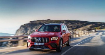 2021 Mercedes-AMG GLB 35 squeezes 3 rows into sporty compact SUV