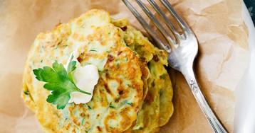 Аппетитные кабачково-сырные оладьи