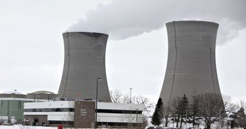 Ohio Nuclear Dispute Spurs Claim That China Is 'Invading' U.S. Grid