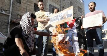 Netanyahu lanza su campaña en Hebrón para atraer el voto de los colonos