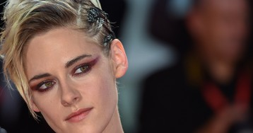 Kristen Stewart's experience is emblematic of LGBTQ people's struggles in Hollywood