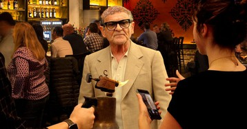 Joe Pesci So Sick Of Fans Asking To Blowtorch Scalp For Photo Op