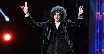 Howard Stern Heads to Hollywood for First West Coast Broadcast in 20 Years