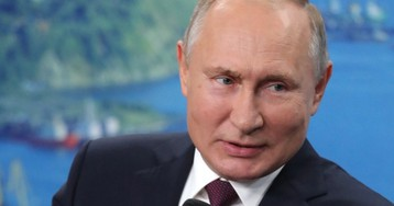 """Путин пошутил про """"папашу"""" Сталина, рассуждая о японцах и Курилах"""