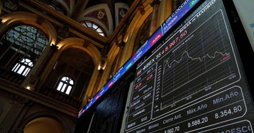 Los bancos caen en Bolsa tras el dictamen del abogado de la UE