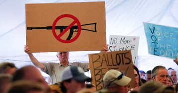 Twitter, the GAP, 143 Other Businesses Press Congress for Gun Control