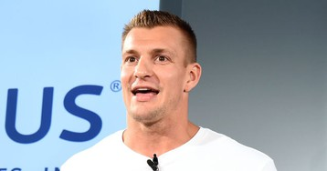 """Rob Gronkowski Tells Behavioral Neuroscience Ph.D. That CTE Is """"Fixable"""" Because He """"Fixed"""" His Own"""