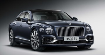 Российская премьера: Bentley Flying Spur