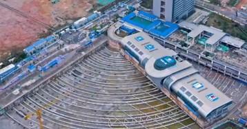 Así han rotado 90 grados una estación de autobuses de 30.000 toneladas en China