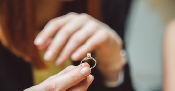 Woman Dreams About Swallowing Engagement Ring, Swallows Engagement Ring IRL